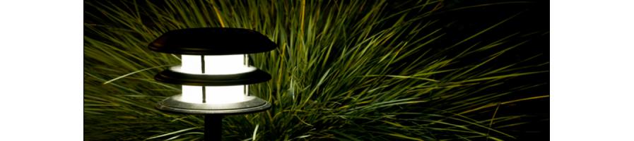Купи изгодно соларна лампа от baseinibg.com При нас откриете богато разнообразие от лампи и свещи на конкуренти цени