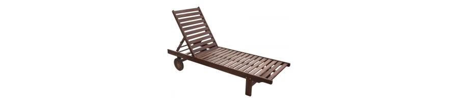 Дървени мебели за градината